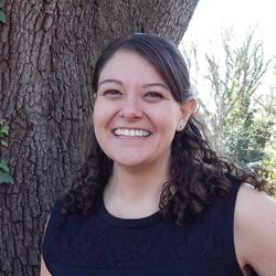Dr. Laura Hahn :